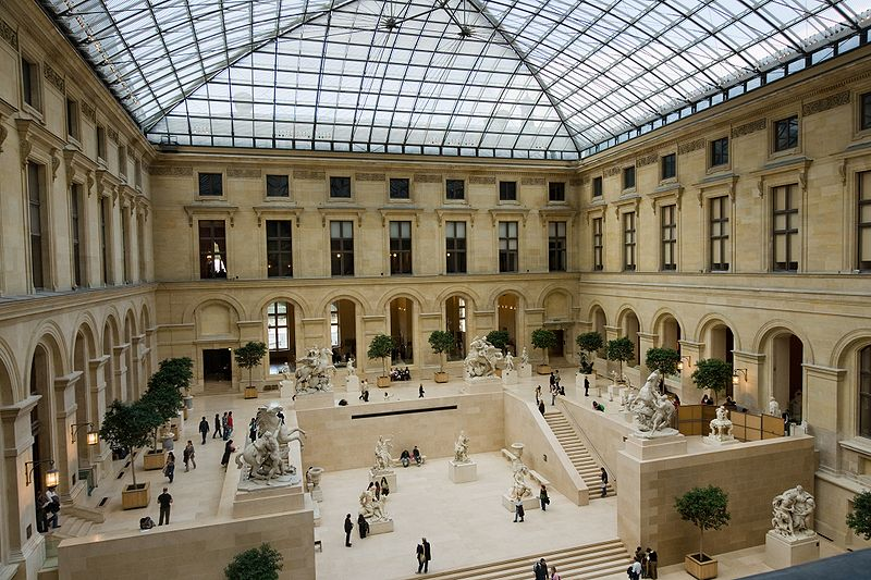 800px-Louvre-CourMarly