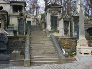 Pere_Lachaise_stairway