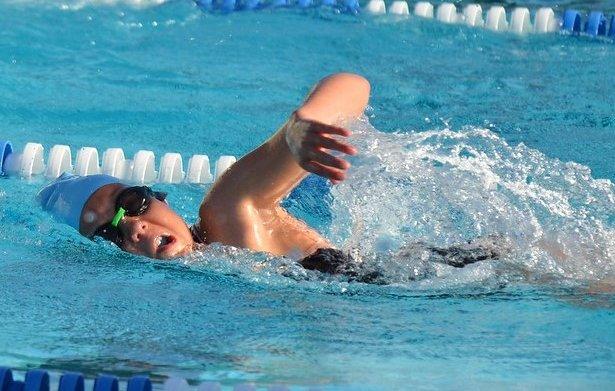 9 voordelen van zwemmen